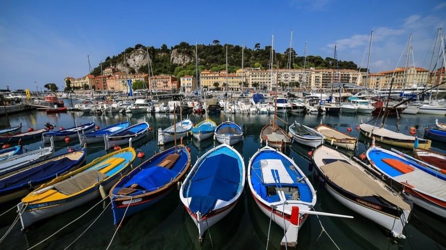 Des milliers de litres de déchets ramassés dans le port Lympia à Nice